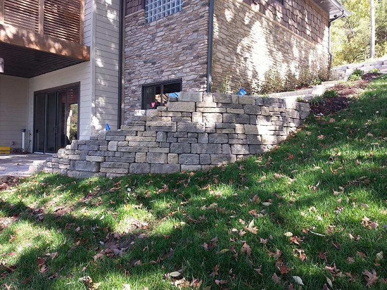 Rosetta Bellevedere Retaining Wall
